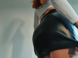 Perfect Butt Redhead Fitness Model Skirt Try on Haul - DLE