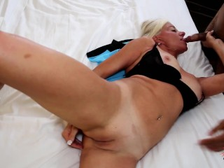 Horny Married MILF looking for BLACK cock