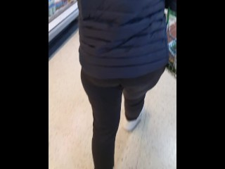 Step mom surprised step son fucking step sister without condom