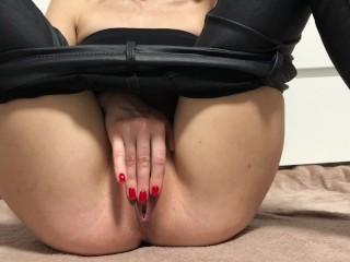 Girl in leather pants shows her holes!