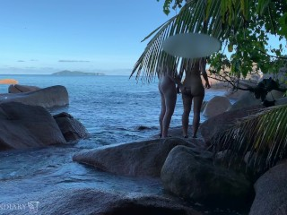 spying a nude honeymoon couple - sex on public beach in paradise