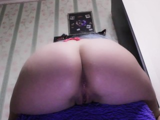 Teen tight pussy is fucked by dildo on a chair. My slit is wet and pleased!
