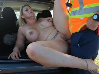 Roadside - Thick Blonde MILF Fucked By Roadside Assistance