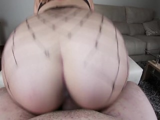 BFF CAN'T RESIST MY TWERK AND CUMS INSIDE MY TIGHT PUSSY - POV AMATEUR SEX